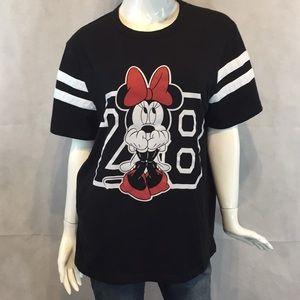 Minnie mouse 28 black jersey Disney size large